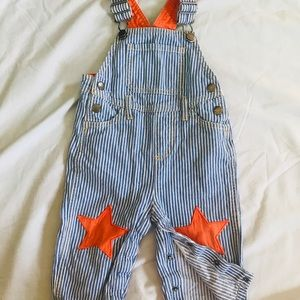Baby Boden 12-18m star patch overalls